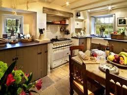 Country Farm Kitchen Decor Vintage Farmhouse Kitchens Designalicious