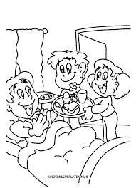 Kleurplaat Vaderdag Ontbijt Op Bed Feestdagen