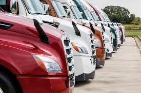 Should Fleets Own Or Lease Trucks Equipment Trucking Info