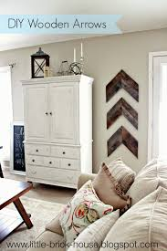 Reclaimed Wood Projects Little Brick House Reclaimed Wood Project Diy Wooden Arrows