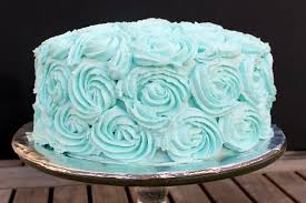 Simple Cake Frosting Designs Fluffy White Cake With Vanilla Buttercream