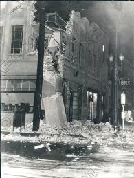 Crews in southern california are assessing the damage after a second massive earthquake rocked that region. 1933 Los Angeles California Building Damaged By Earthquake Press Photo Ebay