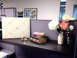 ideas to decorate office desk. Perfect Office Work Desk Decoration Ideas Office Cubicle Decorating  To Beautify Your Home Renovations   On Ideas To Decorate Office Desk