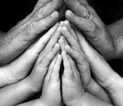Afbeeldingsresultaat voor kinderen bidden