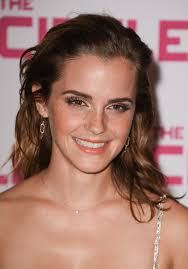 emma watson s bronzy glow natural make up and finger sed loose curls e together to form a beauty home run the 27 year old star who was attending