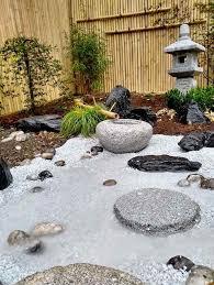 Aménager un petit appartement tout en longueur. Conception Et Realisation Paysagiste Jardin Japonais