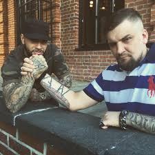 топ 10 музыканты и их татуировки фото страна Fm
