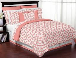 image of modern c bedding sets