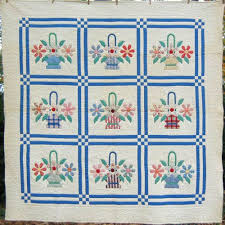 62 best Basket Quilts images on Pinterest | Basket quilt, Quilting ... & Showing off your vintage quilts - I Antique Online. Cute 30's basket quilt  posted by Adamdwight.com