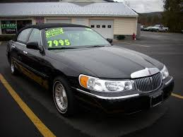 1999 pearl white lincoln town car 3 pumps 99 lincoln town car 1999 lincoln town car gray 200 interior and exterior images