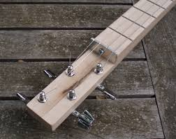4 string cigar box guitar neck detail
