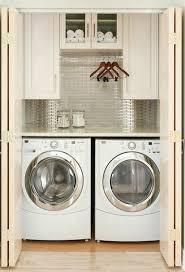 Laundry Room: Beautiful Tiny Laundry Space Decoration - Tiny Laundry Room