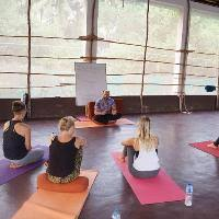 ashtanga vinyasa yoga teacher goa mantra yoga goa
