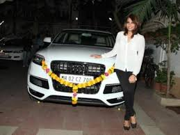 new release of carIn her latest movie Creature she was again seen driving a SUV