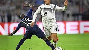 Mladen lackovic *** leroy sane football 1 bundesliga fc bayern munich. Deutsche Fussball Nationalmannschaft Aber Bitte Mit Sane Fussball Stuttgarter Zeitung