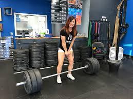 Girl pees while lifting