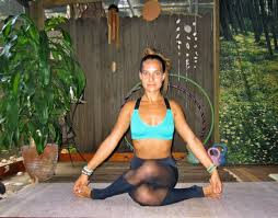 yoga poses to open your hips pin now read later