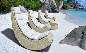 lounge chairs for small spaces. Contemporary Chairs A Cool Outdoor Lounge Chair For Small Spaces To Chairs For D