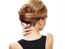 Anleitung Hochsteckfrisuren F R Mittellanges Haar F R Sie Einfache Hochsteckfrisuren Mit Bildanleitung