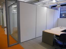 Office wall panels interior Panels Bathroom Solid Freestanding Side Walls Cbre Chicago Il Accademiapizzasardegnainfo Demising Party Walls Office Wall Panels Solid Walls Images