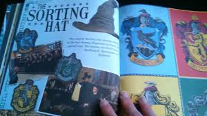 harry potter diy hogwarts jahrbuch a cinematic yearbook