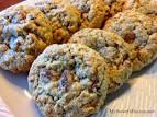 raisin-nut cookie