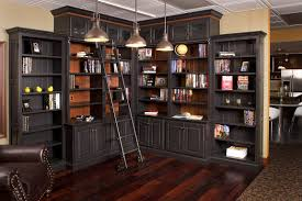 Home Library Neatly
