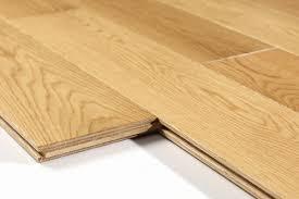 white oak hardwood floors oak solid wood flooring from China
