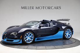 Assemblée à molsheim en alsace, elle est dévoilée en 2000 lors du mondial de l'automobile de paris sous la forme de l'étude de style eb 18/4. Pre Owned 2014 Bugatti Veyron 16 4 Grand Sport Vitesse For Sale Miller Motorcars Stock 8040c