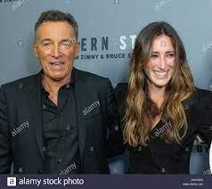 Jessica Springsteen High Resolution ...