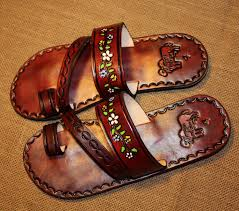 size 6 7 and 8 us flowers brown leather mexican shoes flip flops sandals hippie boho