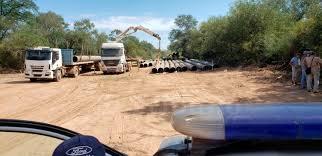 Caños del Gasoducto del NEA se venden como comederos de vacas