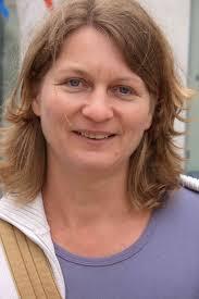 <b>Elke Schwarzkopf</b>. Christofstr. 24. Fon: 07143 99 82 - ecics_308_472