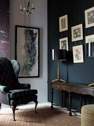 room with dark green wall