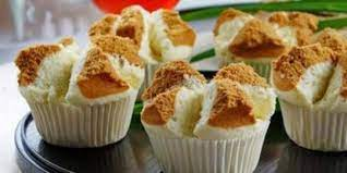 Pertama campurkan tepung terigu, cokelat bubuk, baking powder, soda kue, dan vanili dengan cara diayak dan diaduk rata. 9 Langkah Cara Membuat Bolus Kukus Mekar Dan Lezat Menggugah Selera Makan Merdeka Com