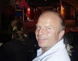 Ich habe mich in der Ukraine mit Thomas Gurtner getroffen. Der Berner arbeitet in Lemberg im Stadionbetrieb. Er wurde vor drei Monaten gerufen, ... - 66-20987334