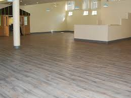 luxury vinyl plank floating floor