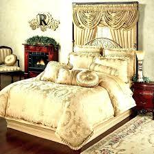queen size comforter measurements