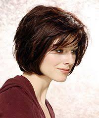 účesy 2009 účesy Pro Polodlouhé Vlasy