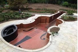 Here\u0027s a 1,300-Square-Foot Pool Shaped Like a Rare Violin - Curbed