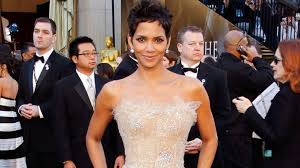 halle berry s new insram the photos we wish she d post abc news