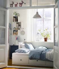 bedroom seating ideas for small spaces