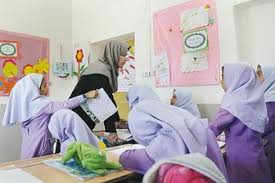 نتیجه تصویری برای تراژدی استخدام معلم در آموزش و پرورش