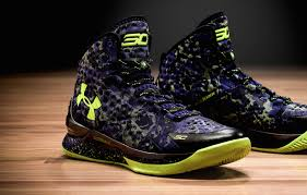 under armour shoes stephen curry 2. stephen curry didn\u0027t just make the nba all star for consecutive year, he beat out lebron james and received most votes among players. under armour shoes 2 y