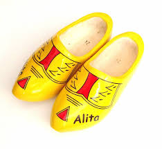 woodenshoes with name