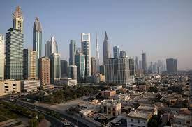 شاهد.. اللقطات الأولى للانفجار العنيف في ميناء جبل علي النفطي في دبي - RT  Arabic