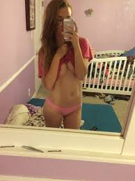 Mirror Photos and Other Amateur Porn Content on ELM