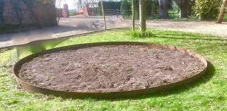 round metal lawn edging