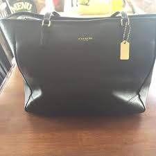 nwt black coach tote reversible city tote  coach tote in black.  123456789101112