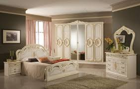 image of painted queen bedroom furniture sets